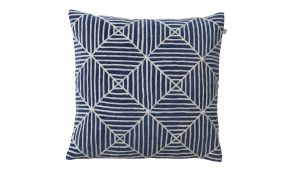 Chhatwal & Jonsson Kulgam Cushion | Creme / Blue